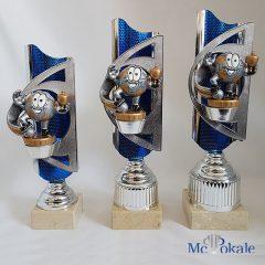 3er Serie Pokale blau-silber mit einer Pokal Männchen Figur