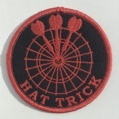 """Aufnäher/Patch """"Hat Trick"""" in der Farbe Rot"""